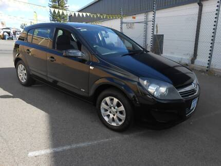 2009 holden astra cd auto wagon 4999 cars vans utes 2009 holden astra cd manual 5 door hatch fandeluxe Images