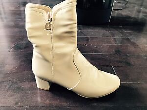 Brand New Victoria High heeled boots