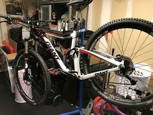Giant trance x1 29er trail bike with upgrades