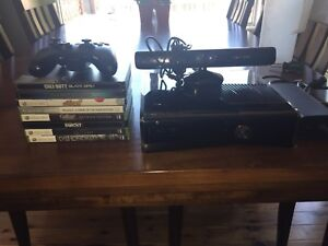 Xbox 360 (with 8 games)