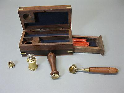 Siegel Petschaft Set in maritimer Holzbox  mit Messingeinlagen