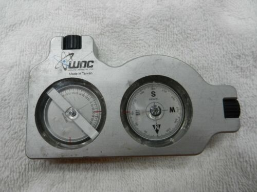 WDC  Inclinometer And Compass Satellite Angle Finder MADE IN TAIWANHAS WEAR