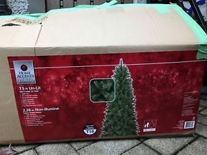 condo size Christmas Tree 7.5ft Slim x 41 inches wide