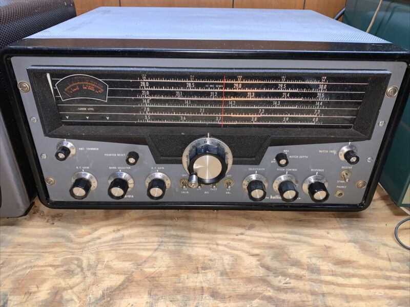 Hallicrafters SX-101A In very Nice Physical & Working Condition With Calibrator