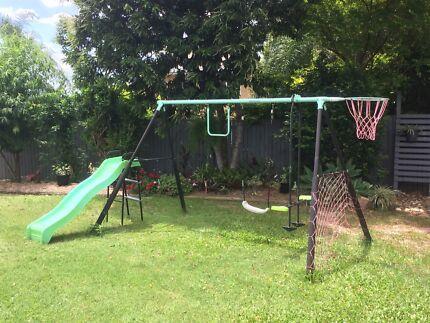 Kids swing set with slide - Playsafe brand