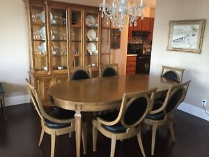 Dinning Room Set (TABLE, CHAIRS & HUTCH)