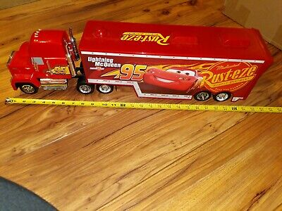Disney Cars Mack Hauler Lightening McQueen 95 Semi Truck HUGE!! 1/24 Scale Pixar