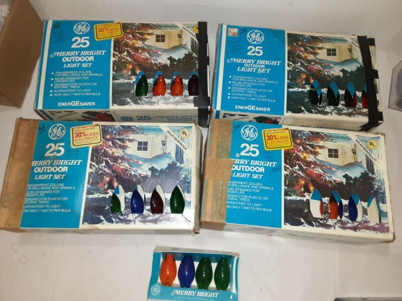 Merry Bright C9 Outdoor BulbsGE Vintage  Holiday Christmas 4 Boxes Of 25 Each