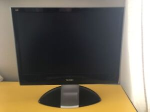 10 inch monitor with connection cables