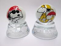 """Nice Set of 3 Snoopy/&Woodstock Glass 1/"""" Logo Marble With Stands"""