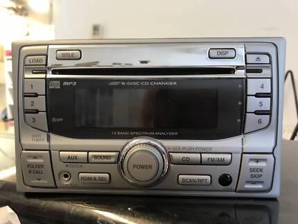 Honda CRV (2006) 6-Disc CD Changer