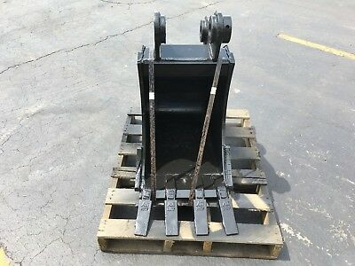 New 16 Heavy Duty Excavator Bucket For A Hyundai R55-9 W Coupler Pins