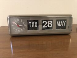 Rare Twemco BQ-38 Retro Modern Flip Clock Desk/Wall Calendar Hong Kong Grey