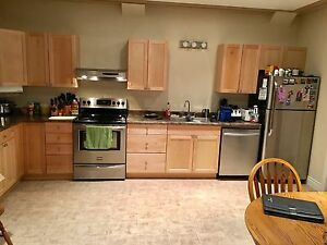 Large 2 Bedroom 2 Bathroom Walkin Basement Suite in Westgate