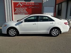 2010 Toyota Camry SE 6-Spd AT