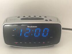 BROOKSTONE #ac101 SmartSet DUAL ALARM Clock. LARGE display  w/ Smart set