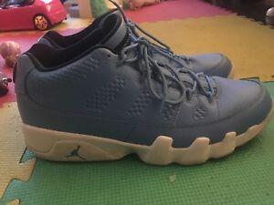 Size 11 Jordan 9 Low Pantone