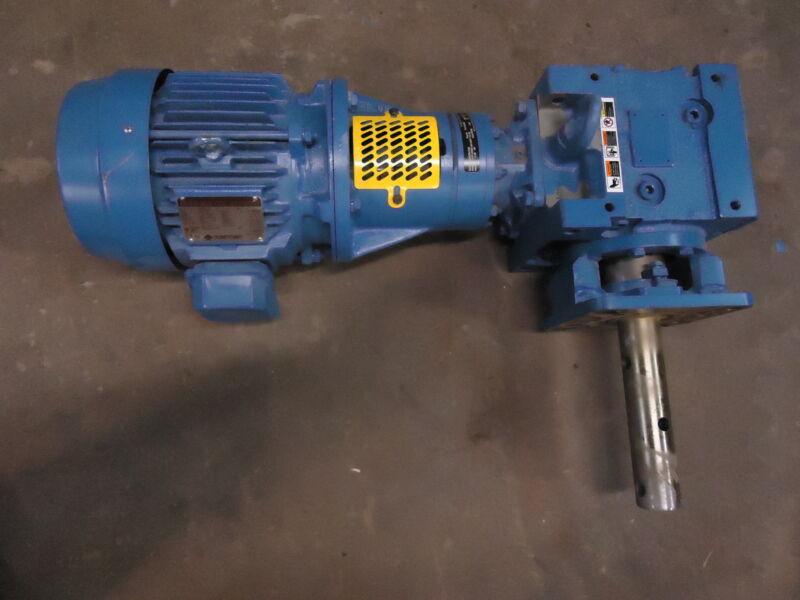 Sumitomo Angle Gear Reducer LHYJMS3-3A105Y-Y2-28 & WH0034FCA Motor