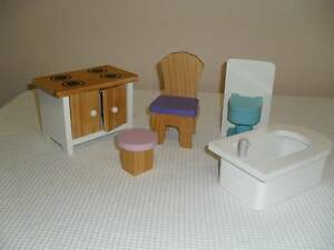 WOODEN DOLL HOUSE FURNITURE. RANDOM PIECES. Tenambit Maitland Area Preview