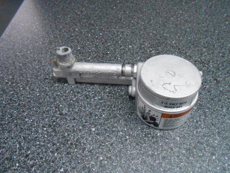 HANAU ENGINEERING CO. TOUCH-O-MATIC BUNSEN BURNER