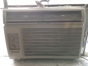 Friedrich Air Conditionner Climatiseur Conditioner Commercial