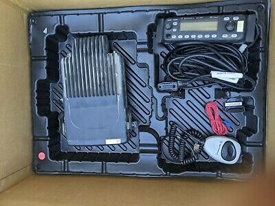 Motorola Mcs2000 Model Mo1hx427w 110 Watt Vhf Radio 146-174 Mhz Bundle - Used