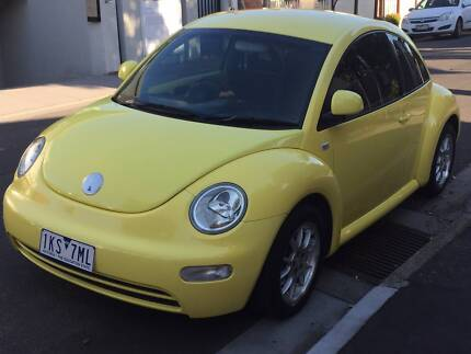 Volkswagen Beetle 2000 Manual Sunshine Yellow (VW Bug)