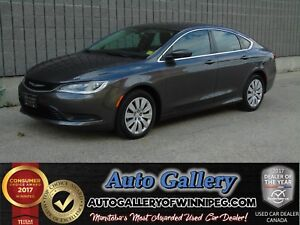 2015 Chrysler 200 LX *Only 3,483 kms!