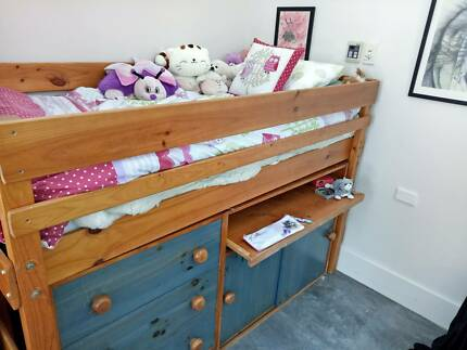 Child Bed with Built-in Desk