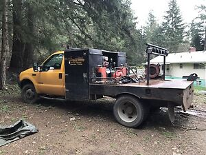 2001 F550 4x4 Welding and Fabrication truck