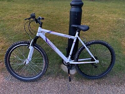 apollo bike, 26 inch wheel , good working condition, cosmetics conserved