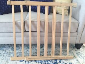 Evenflo wood baby stairs gate