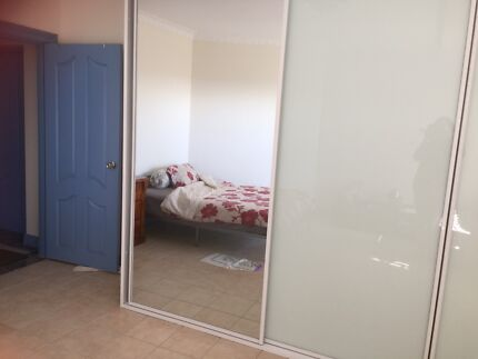 Chifley fullyFurnished room available rent for couple Chifley Eastern Suburbs Preview