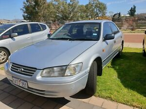 Camry Toyota 1999 for sales at $1600