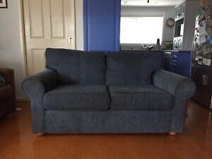 FREE 2-3 seater lounge