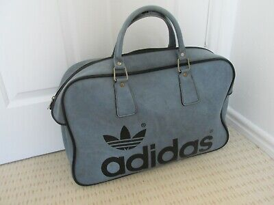Vintage 1970s ADIDAS Peter Black Sports bag / Holdall Great condition in blue