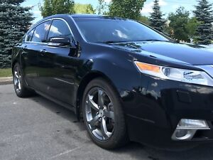 Mint condition - Acura TL SH-AWD Tech 2011