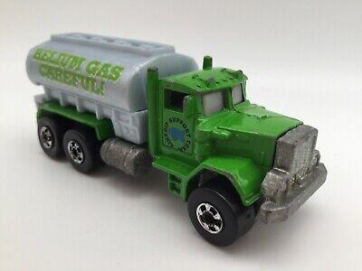 Helium Gas Tank (Hot Wheels Peterbilt Tank Truck Blackwalls Green Helium Gas Loose)