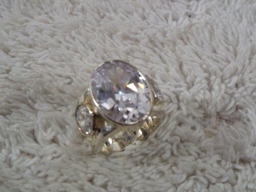 Silvertone Big Glass Rhinestone Ring ~ Size 7.5 (C67)