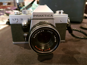 Praktica ltl3 film camera in velvet red case plus sunpak auto33 f