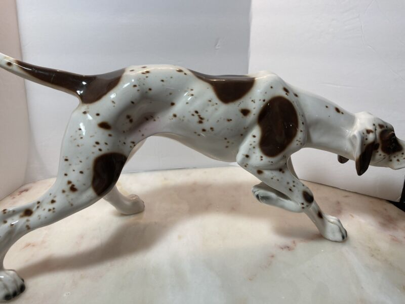 Italian Porcelain Bracco Italiano Dog Statue