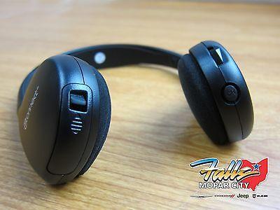 2017-2019 Chrysler Pacifica UConnect Wireless Headphones RFG RDT Mopar OEM for sale  Cuyahoga Falls