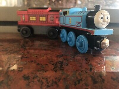 Thomas The Train and Friends Wooden Railway - Thomas and Musical Caboose