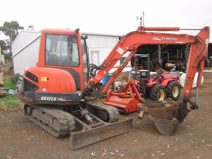 Kubota KX121-3 excavator 3 buckets hyd quick hitch