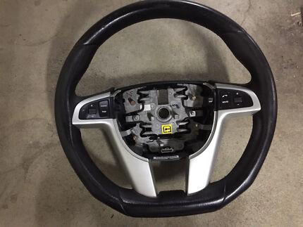 VE HSV MALOO Steering Wheel