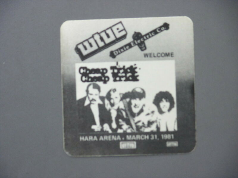 Cheap Trick satin cloth radio station sticker ORIGINAL WTUE Dayton 3/31/81 !
