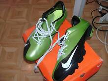 Mens soccer boots Fulham Gardens Charles Sturt Area Preview