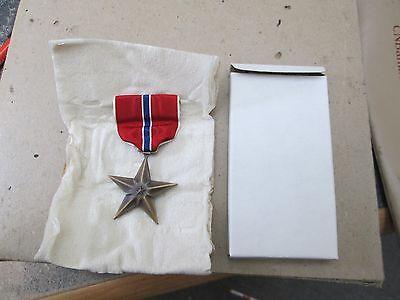 Bronze Star Medal - US WW2 BRONZE STAR Medal Slot Brooch by Swank Inc Dec. 30, 1944 boxed original