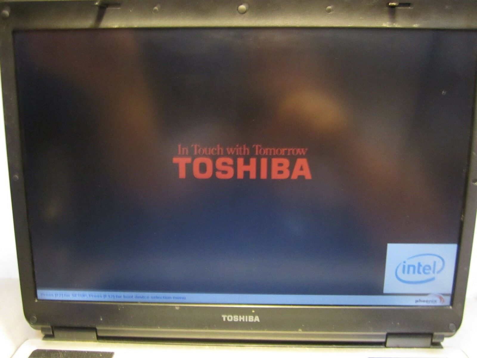 "Toshiba A135-S4656 15.4"" Laptop DVD/RW ~Needs HDD - OS ~Works"