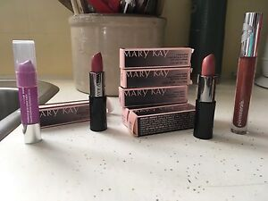 Mary Kay, Clinique, Pur Minerals Makeup